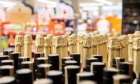VMI: alkoholio akcizų deklaruotos pajamos šiemet padidėjo 2,4%