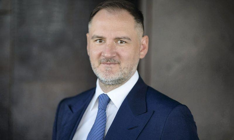 """""""Lewben"""" valdybos pirmininkas, žinomas meno mecenatas Vilius Kavaliauskas."""
