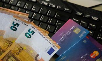 Poros sąskaitos skirtinguose bankuose: pliusai ir minusai