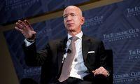 """J. Bezosas iš """"Amazon""""vadovo pareigų trauksis liepą"""