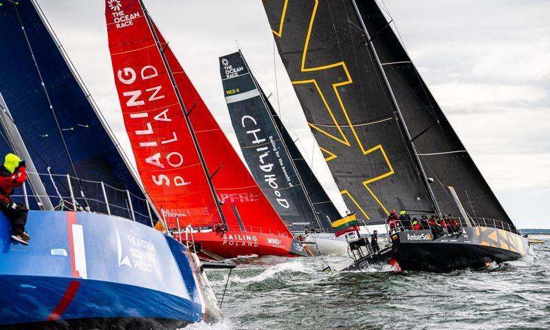 """Lietuvos """"Ambersail-2"""" jachta startuoja """"The Ocean Race"""" vardo varžybose aplink Europą. Rengėjų nuotr."""