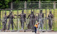 Nukeltas Žaliojo tilto skulptūras priglobs Lietuvos nacionalis muziejus