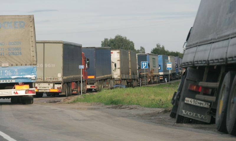 Iš Rusijos nebus išleidžiami sunkvežimiai, už kuriuos nesumokėtos baudos. Juditos Grigelytės (VŽ) nuotr.