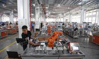 Kinijos gamintojų kainos sparčiai auga dėl brangstančių žaliavų