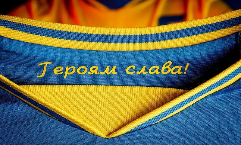 """Rusijai pasiskundus, UEFA nutarė, kad tai politiškai motyvuotas šūkis. Andrii Pavelko (""""Reuters""""/""""Scanpix"""") nuotr."""