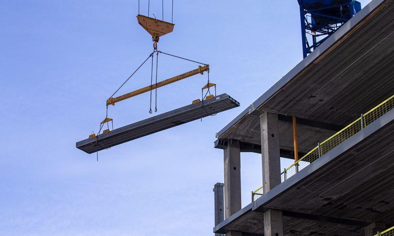 """Ketvirtojo biurų komplekso etapo """"S7"""" statybos Vilniuje. Juditos Grigelytės (VŽ) nuotr."""