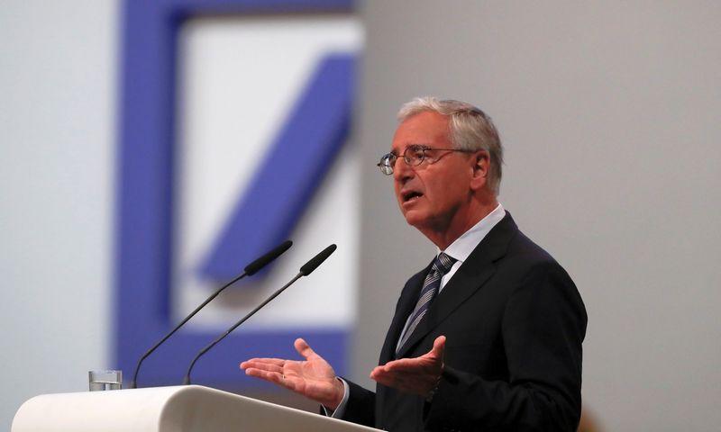 "Paul Achleitneris, ""Deutsche Bank"" valdybos pirmininkas. Kai Pfaffenbacho (""Reuters"" / ""Scanpix"") nuotr."