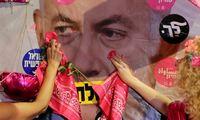 B. Netanyahu pareiškė, kadbet kuriuo atvejuliks politikoje