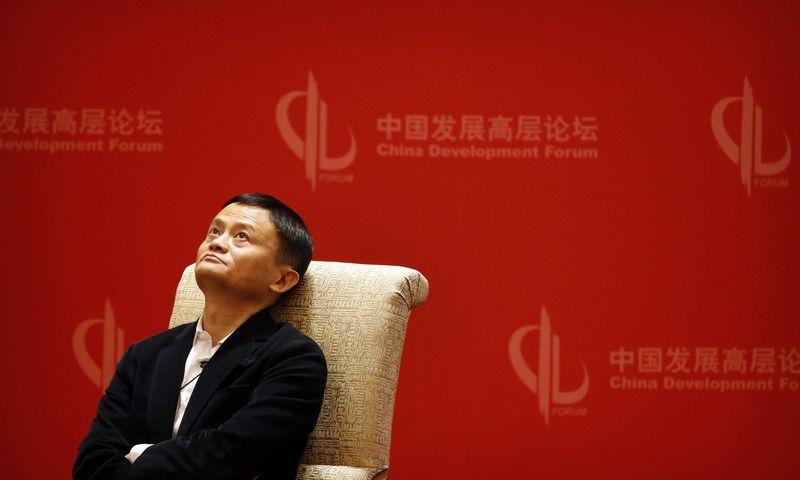 """Kinų milijardierius Jackas Ma, """"Alibaba"""" įkūrėjas. Marko Schiefelbeino (""""AP Photo"""" / """"Scanpix"""") nuotr."""