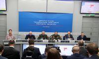 Minskas surengė parodomąją spaudos konferenciją dėl lėktuvo nutupdymo