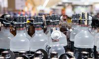 Vyriausybė pritarė akcizų didinimui alkoholiui ir tabako produktams