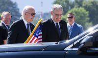 J. Bidenas jau Ženevoje ir laukia V. Putino