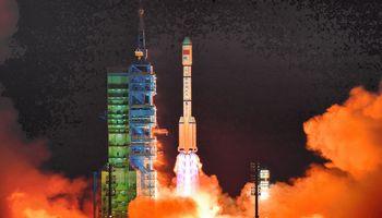Kinija ketvirtadienį siunčia pirmąją įgulą į savo naują kosminę stotį