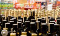 Siūlomi keli alkoholio kontrolės liberalizavimai