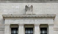 JAV akcijų rinkos po FED pranešimo pasuko žemyn, estai netrukus skaičiuos milijardierius