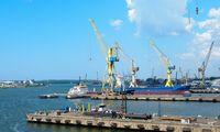 Klaipėdos jūrų uoste vandenyje pastebėta teršalų dėmė