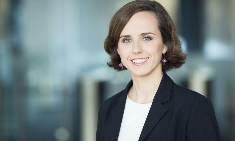 """Agnė Jonaitytė-Karalienė, """"Swedbank"""" Personalo tarnybos vadovė: """"Sprendžiant atlyginimų atotrūkių klausimą, neišvengiamai susidursime su įvairiomis emocijomis ir nuostatomis ? jas būtina išklausyti ir įvertinti."""""""