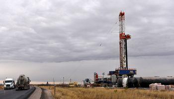 """""""Morgan Stanley"""" padidino daugelio JAV naftos ir dujų bendrovių akcijų kainų prognozes"""
