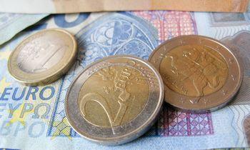 Moterų ir vyrų darbo užmokesčio atotrūkis siekia 12,1%