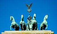 Vokietija atveria sienas pasiskiepijusiems keliautojams