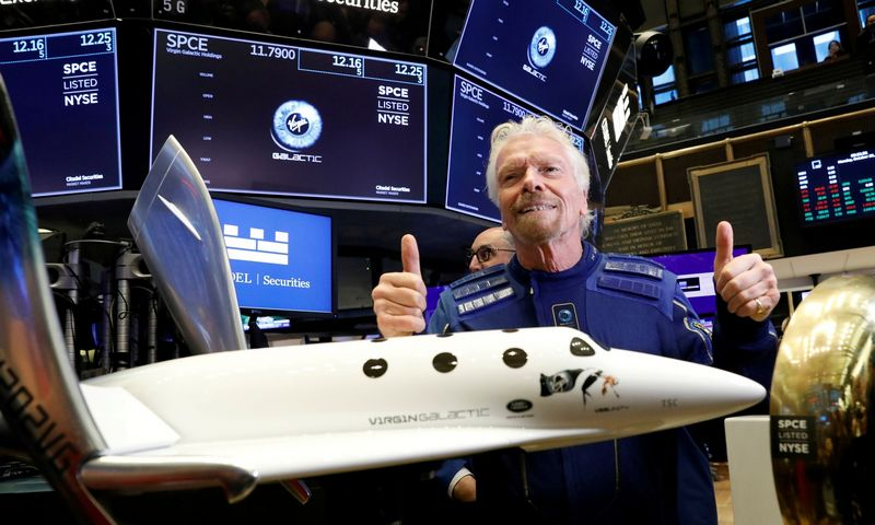 """Richardas Bransonas, """"Virgin Galactic"""" įkūrėjas. Isaiah J. Downing ( """"Reuters""""/ """"File Photo""""/ """"Scanpix"""") nuotr."""