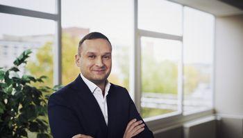 """SBA vadovus motyvuoja akcijomis: T. Mauricas tapo """"Kauno baldų"""" bendrasavininku"""