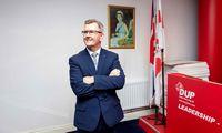 Šiaurės Airijos junionistų partijos DUP lyderiu paskirtas Jeffrey Donaldsonas
