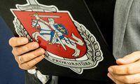 Prokuratūra nutraukė ikiteisminį tyrimą dėl vėliavos išniekinimo videoperformanse
