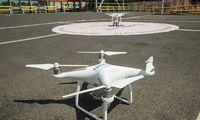 Supaprastintos sąlygos dronų skrydžiams miestuose, kuriuose yra oro uostai