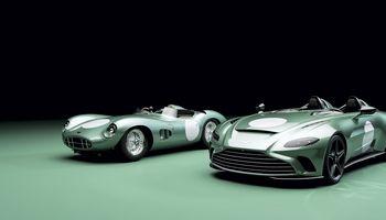 """Riboto leidimo """"Aston Martin V12 Speedster DBR1"""" dramatiškas būdas prisiminti praeitį"""
