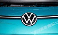 """""""Volkswagen"""" planuoja Europoje nebeprekiauti automobiliais su vidaus degimo varikliais"""