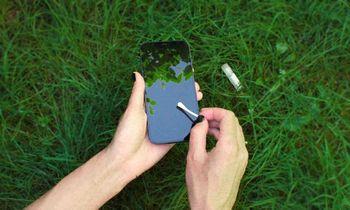 Pirmasis Lietuvoje išmaniųjų higienos tyrimas nustebino: ant telefono daugiau bakterijų nei lifte ar automobilio durelių rankenos