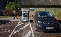 Dviejų greičių Europa: Lietuvos elektromobilių infrastruktūra – tarp blogiausių ES