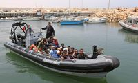 Prie Tuniso krantų nuskendus migrantų laivui dingo 43 žmonės
