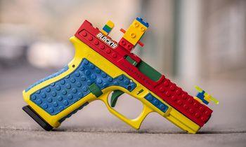 """""""Lego"""" kaladėlių stiliumi pagamintas ginklas JAV sukėlė skandalą"""