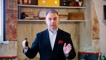 """Pirmąjį pusmetį """"Tele2"""" pajamas augino 15%, verslo klientų skaičių – penktadaliu"""