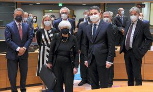 Prasiskolinusi Europa grįžta į realybę – drausmė atrieda, atidunda