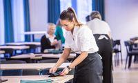 Paslaugų sektorius nepasotinamas – darbuotojų priimtų daug daugiau