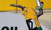 Sutarta dėl naftos gavybos didinimo – nafta turėtų pigti
