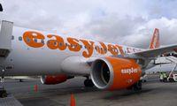 """""""easyJet"""" žada vasarą vykdyti 60% prieš pandemiją siūlytų skrydžių"""
