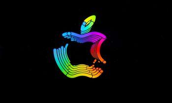 """""""Apple"""" atideda darbuotojų sugrįžimą į biurus"""