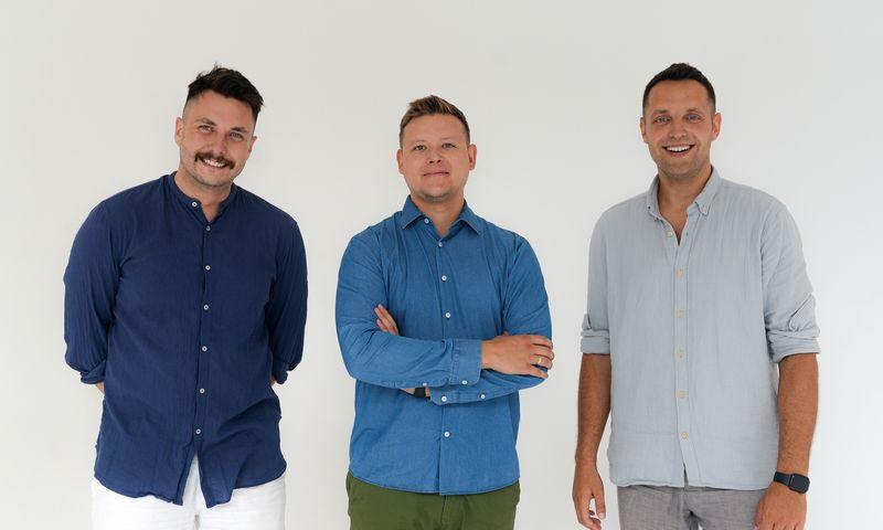 """Vytenis Škarnulis (kairėje), Darius Kavaliauskas, Vytautas Dockus, """"Vow Health"""" bendraturčiai. Bendrovės nuotr."""
