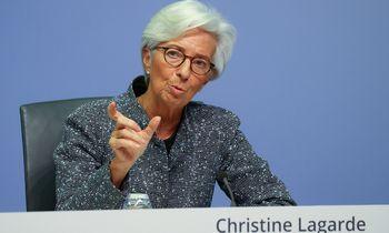 ECB kiek sušvelnino poziciją dėl infliacijos