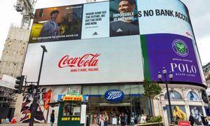 Tyrimas: nauji reklamos draudimai gali ištirpdyti440 mlrd. Eur didžiųjų gėrimų ir maisto gamintojų vertės