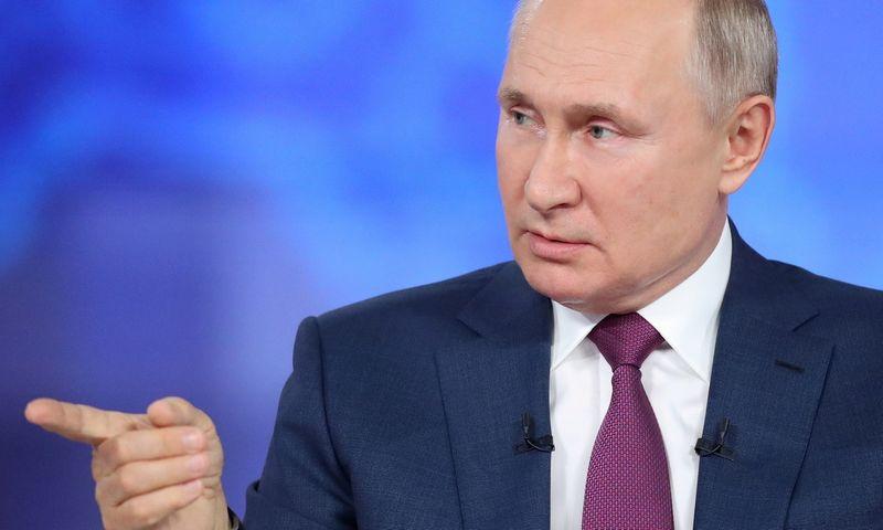 """Kremlius ir jo vadovas Vladimiras Putinas tęsia susidorojimą su nepriklausoma žiniasklaida. Sergei Savostyanov (""""Reuters""""/""""Scanpix"""") nuotr"""
