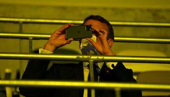 E. Macronas pakeitė dėl šnipinėjimo įtartiną telefoną