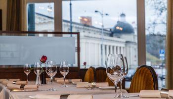 Tyrimas: Vilniaus viešbučių pajamos šiemet traukėsi 35%