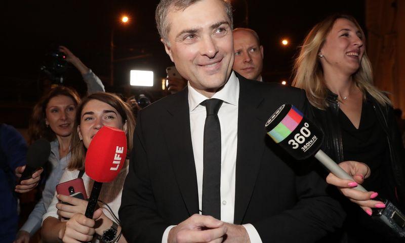 "Vladislavas Surkovas, 2019 m. Viačeslavo Prokofjevo (TASS / ""Scanpix"") nu"