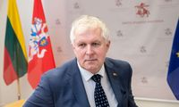A. Anušauskas: kariuomenė prisidės prie migrantų apgyvendinimo vietų apsaugos