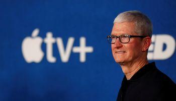 """""""Apple"""" fiksavo beveik dvigubai didesnį praėjusio ketvirčio pelną – 21,7 mlrd.USD"""